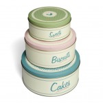 Hello Autumn!  Cute Cake Tins for Winter Baking