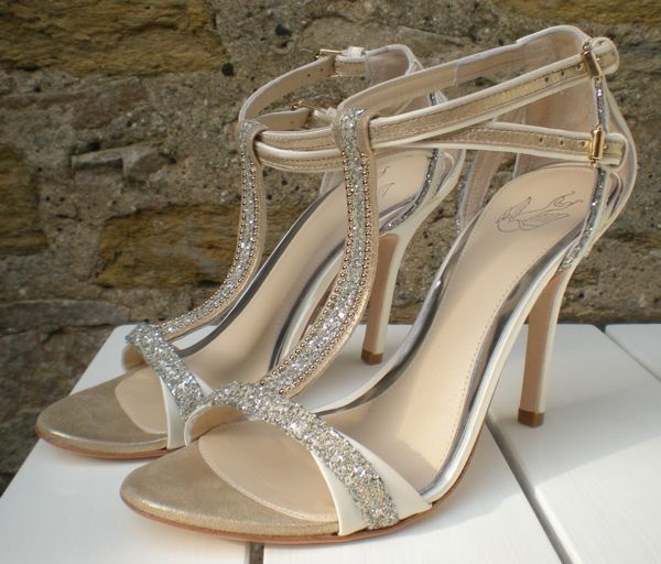 bridalshoes_left