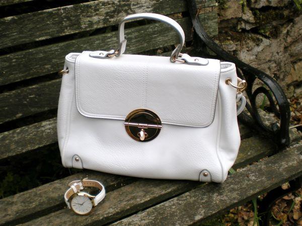 white_bag_watch