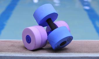 aqua-fitness-dumbells