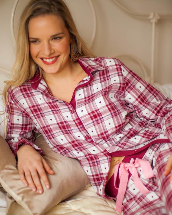pyjamas_cyberjammies_scarlet