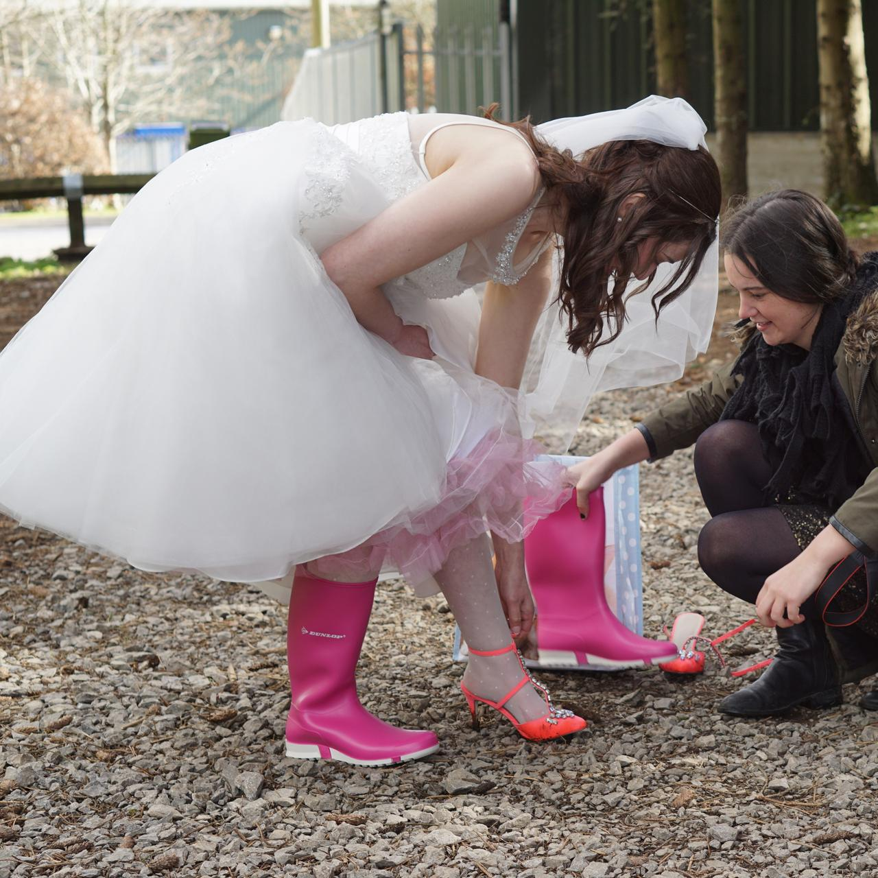 wedding_boots_tights