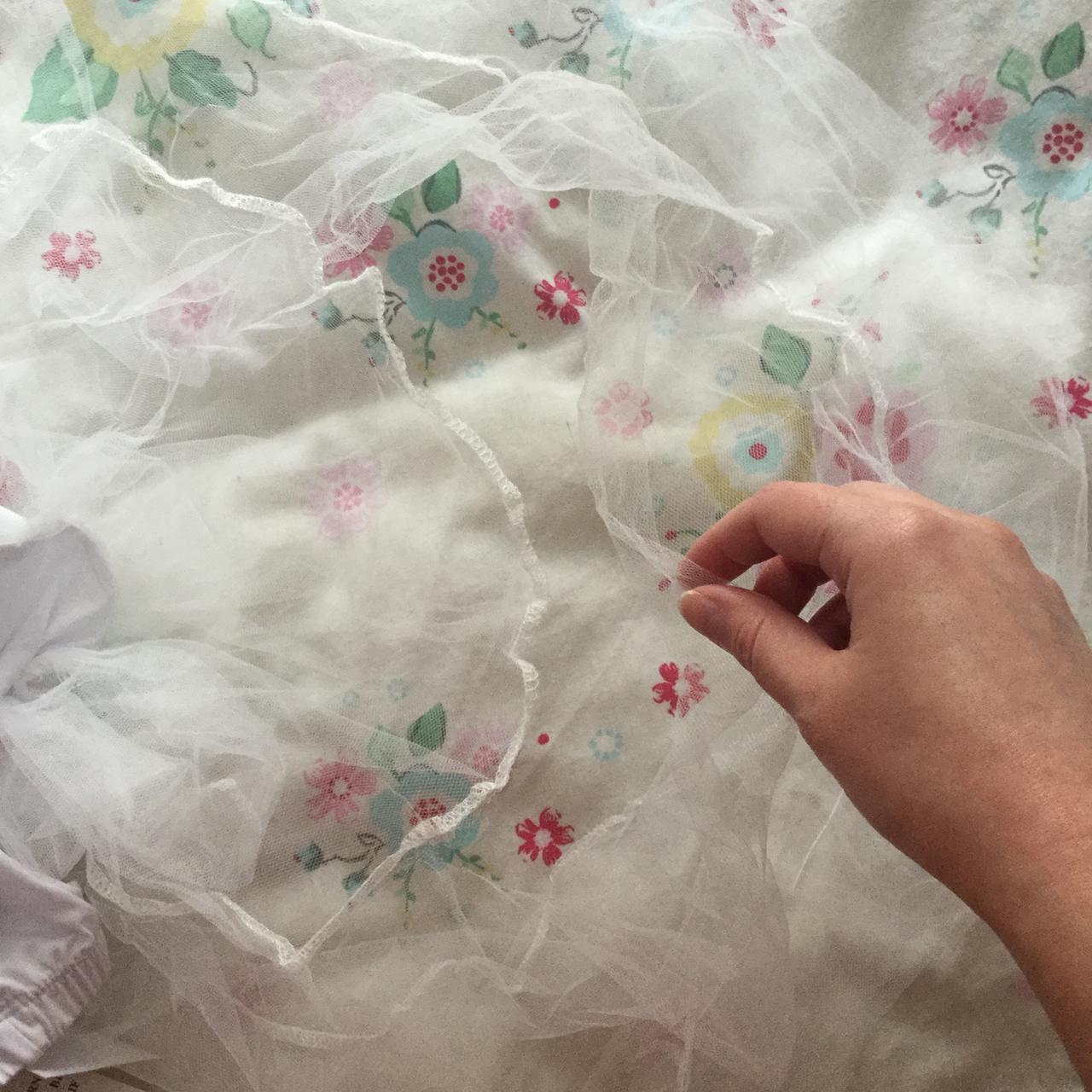 petticoat_tear