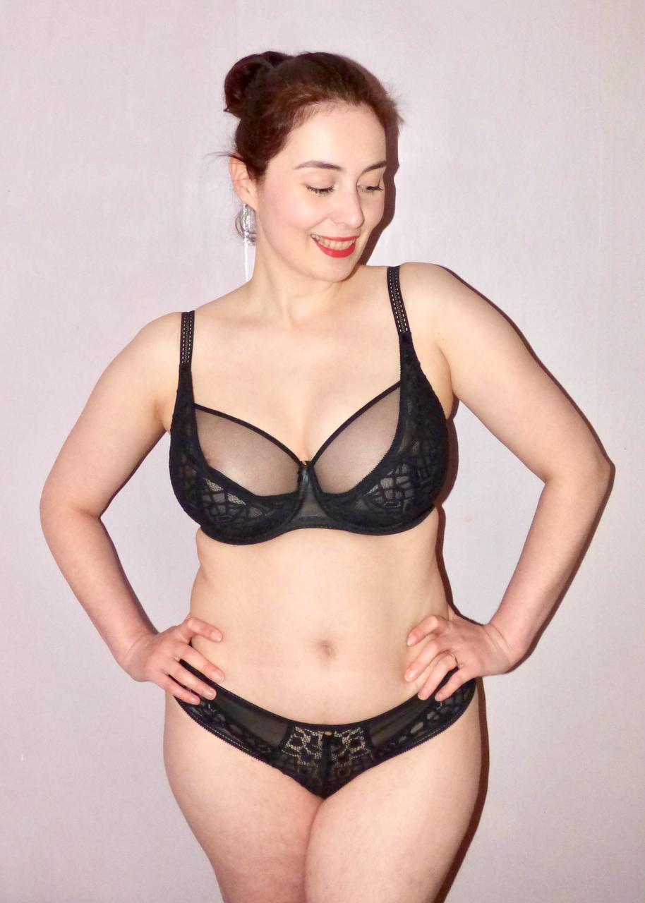 f8569ad12b245 The bra fastens on a narrow double hook and eye closure